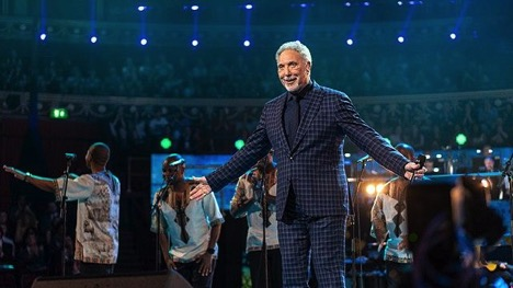 9 Things You Might Not Know About Tom Jones - Official